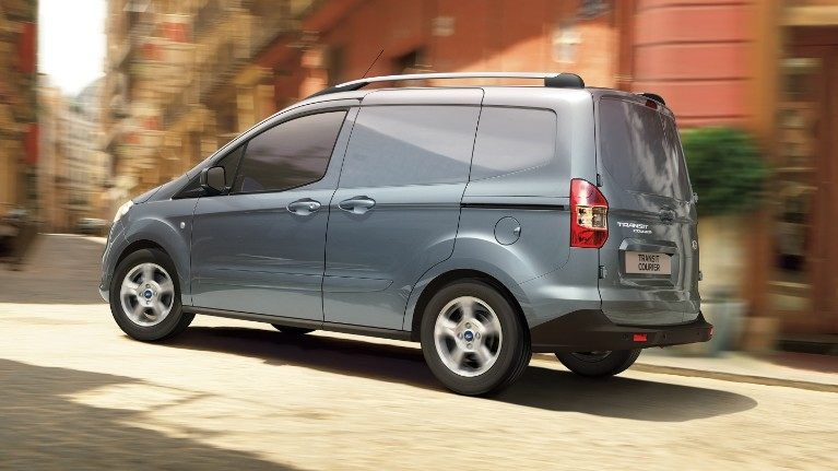 Nuovo Ford Transit Courier Milano