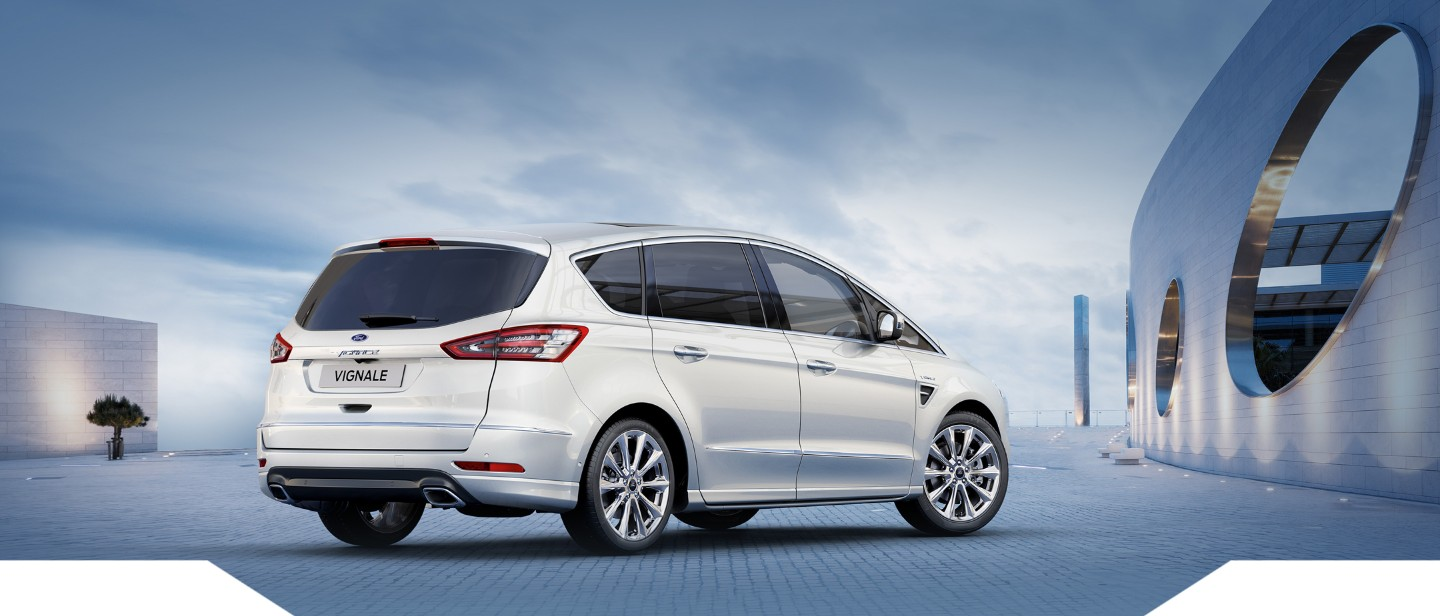 Ford S Max Vignale VARCO Milano 2