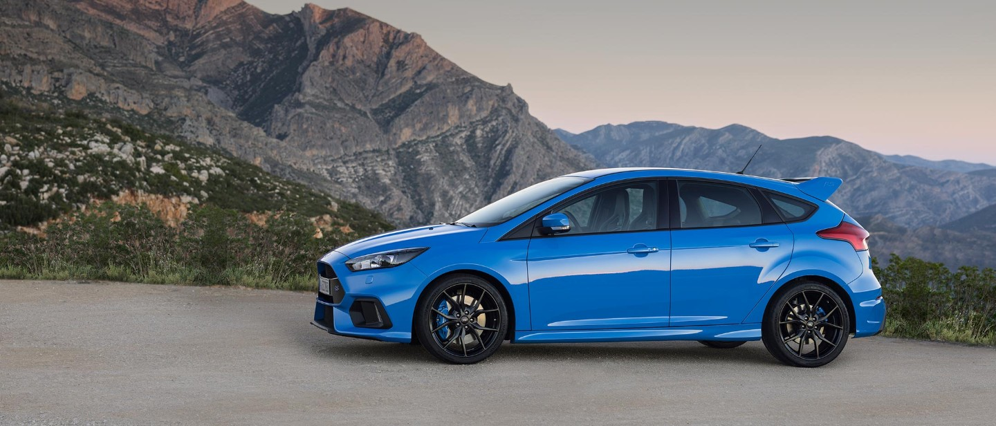 Ford Focus RS blu