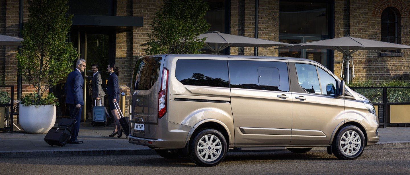 Nuovo Ford Tourneo Custom Extra Large VARCO Milano